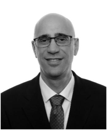 """צבי שכטרמן מנכ""""ל החברה מנכ""""ל נמל מספנות ישראל"""